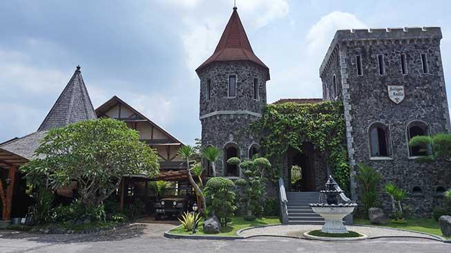 Mang Engking Soragen Castle