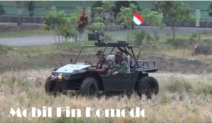 Mobil Fin Komodo